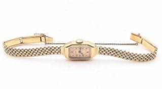 Zentra - DamenarmbanduhrGG 585, rechteckiges Gehäuse, ca.1,3 x 2,2cm, goldfarbenes Zifferblatt,