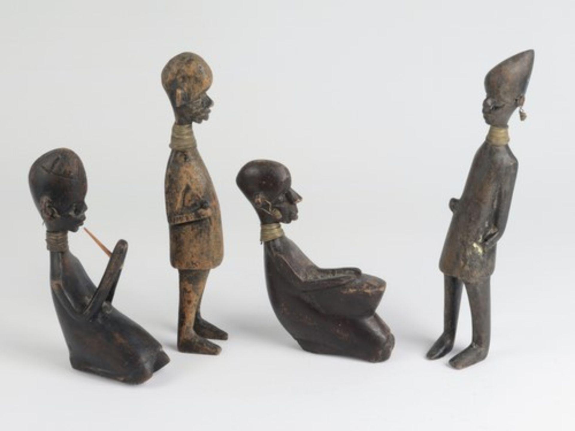Los 1856 - Holzfiguren4 St., 20.Jh., Südafrika, vollplastische Schnitzerei, tlw. ebonisiert, versch.