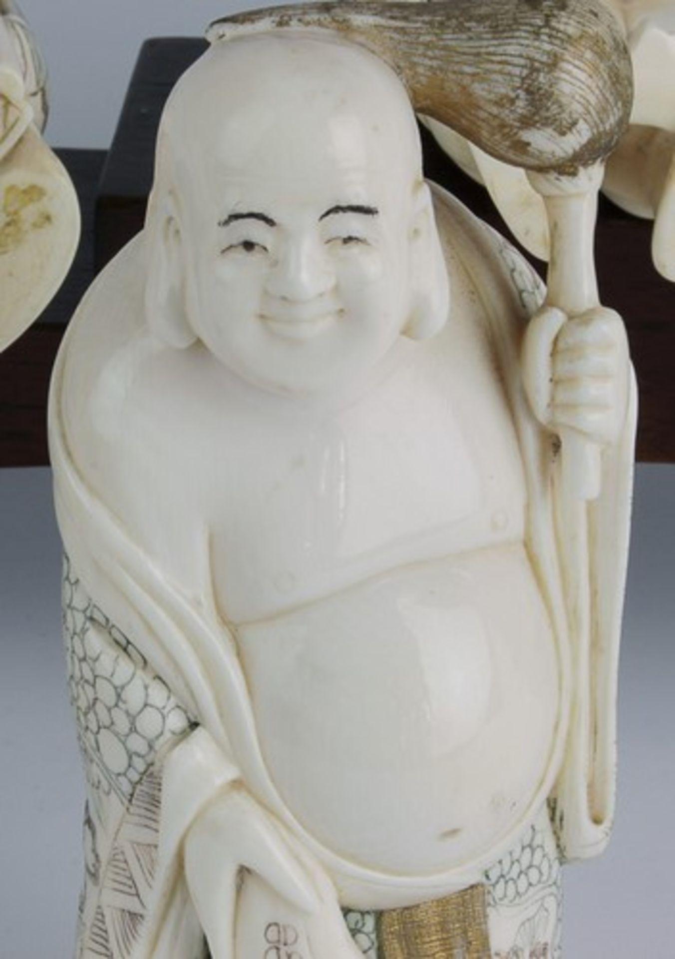 Figurengruppe - Chinaum 1920, 7x vollplastische Elfenbein-Schnitzereien, partiell geschwärzt, - Bild 17 aus 24