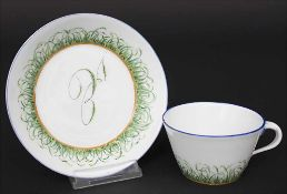 Tasse und UT mit Monogramm / A cup with saucer with monogram, Meissen, Anfang 19. Jh.Material: