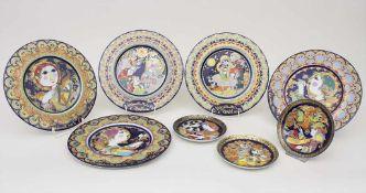 Konvolut 8 Teller / A set of 8 plates, Bjørn Wiinblad, Rosenthal, 1970er JahreMaterial: Porzellan,