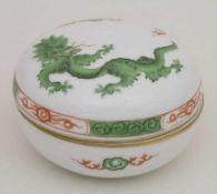 Deckeldose 'Grüner Drache' / A lidded box 'Green dragon', Meissen, 1963Material: Porzellan,