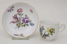 Tasse mit Unterschale / A tea cup and saucer, Meissen, um 1750