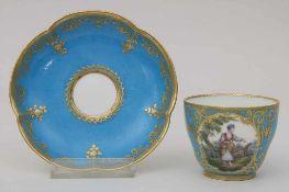 Tasse mit Unterschale / A tea cup and saucer, Sèvres, um 1800<