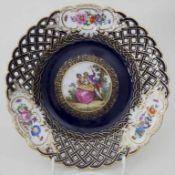 Korb-Teller / A plate, Meissen, 20. Jh.