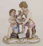 Zwei Kinder beim Schreiben eines Buches / A figural group of 2 cherubs writing in a book, Michel