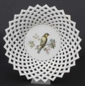 Korbschale mit Vogelmalerei / A basket with a bird, Meissen, um 1860