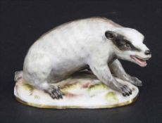 Seltene Tierfigur 'Dachs' / A rare animal figure of a badger, Meissen, Mitte 19. Jh.
