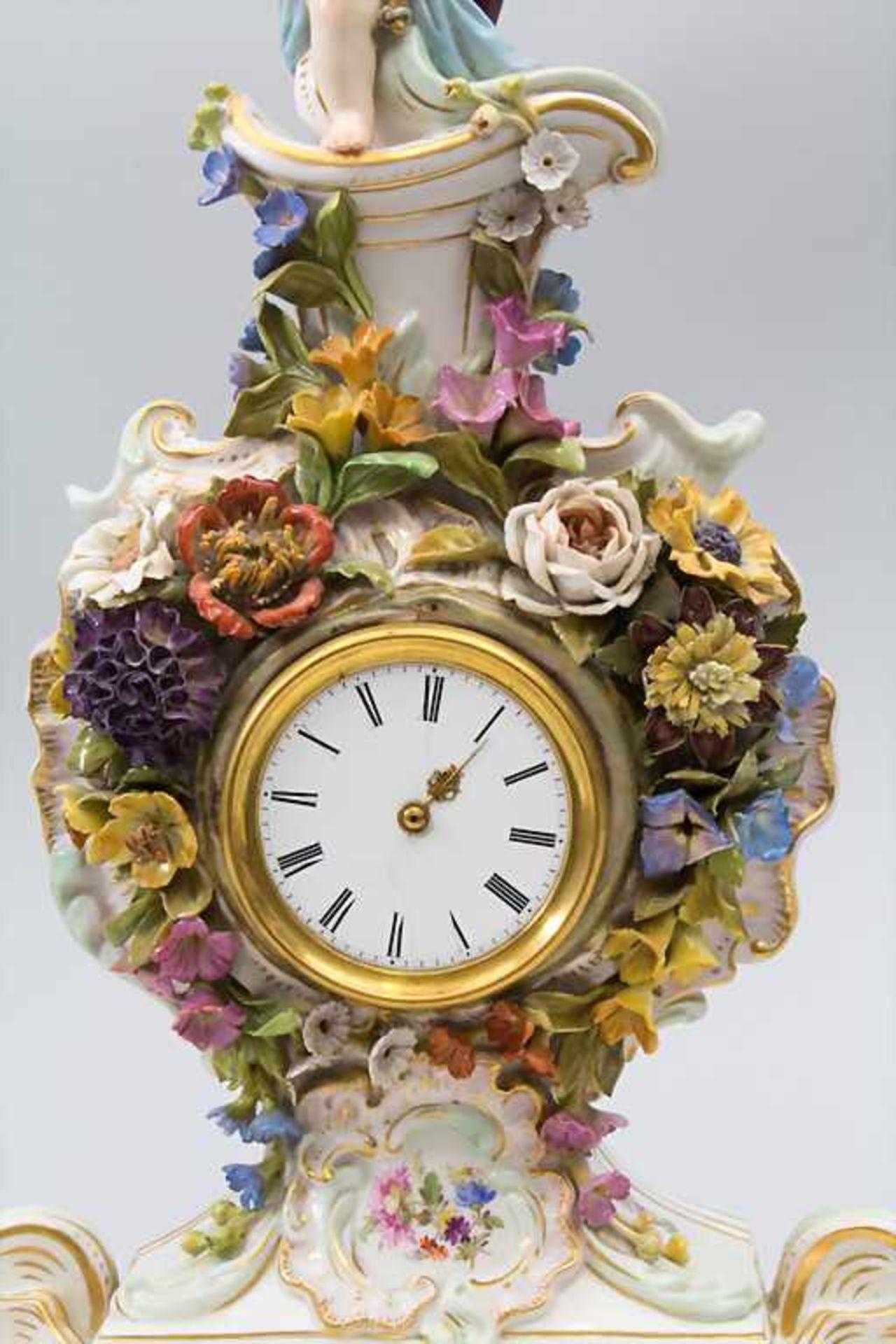 Seltene Tischuhr mit integriertem Schreibset / A rare porcelain table clock with integrated - Bild 2 aus 16