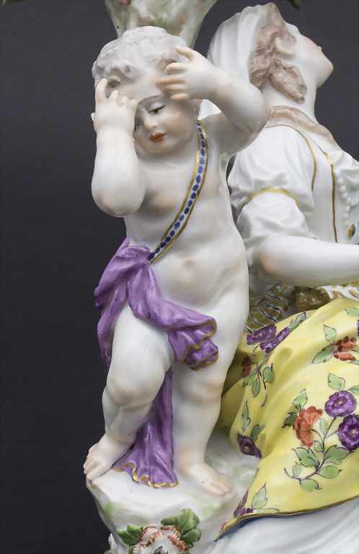 Figurengruppe 'Melpomene mit Putto' / A figural group 'Melpomene with cupid', Meissen, 19. Jh. - Bild 8 aus 8