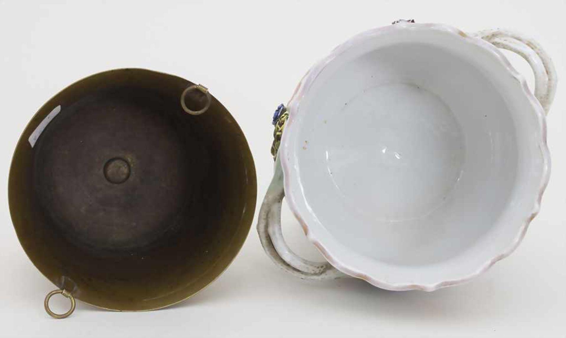 Cachepot mit Bronzemontur und Einsatz / A cachepot with bronze mount and insert, Helena Wolfsohn, - Bild 7 aus 8