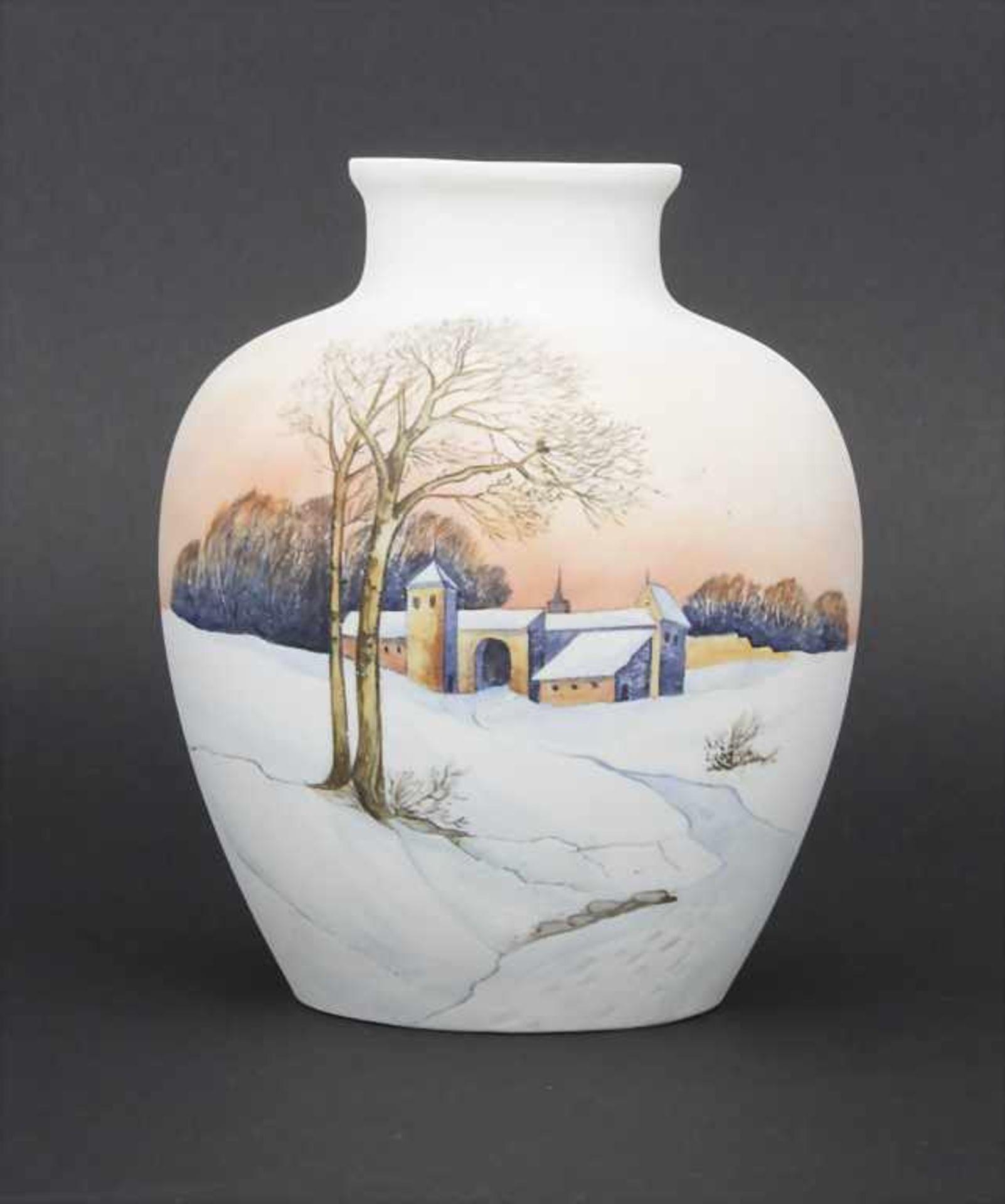 Vase mit Winterlandschaft / A vase with a winter landscape, Karl Ens, Volkstedt, um 1900