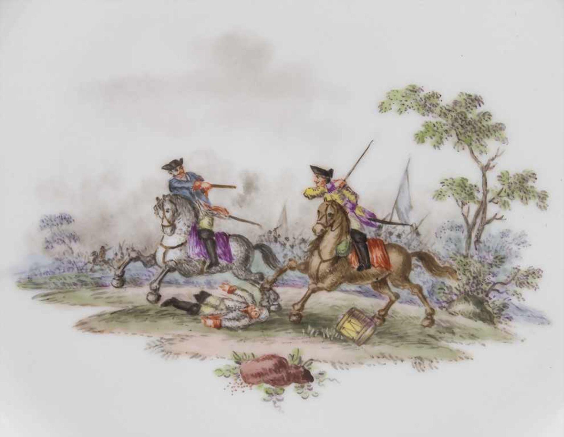 Paar Teller mit Schlachtenszenen / 2 plates with battle scenes, Sèvres, 1870 - Bild 12 aus 13