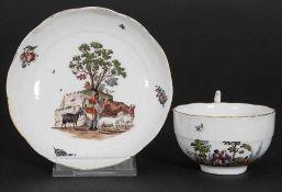 Tasse und Untertasse mit Bauern und Hirten / A cup and saucer with peasants and a shepherd, Meissen,