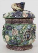 Deckeldose / Tabaktopf / A covered bowl, Suite de Palissy, Frankreich, um 1870