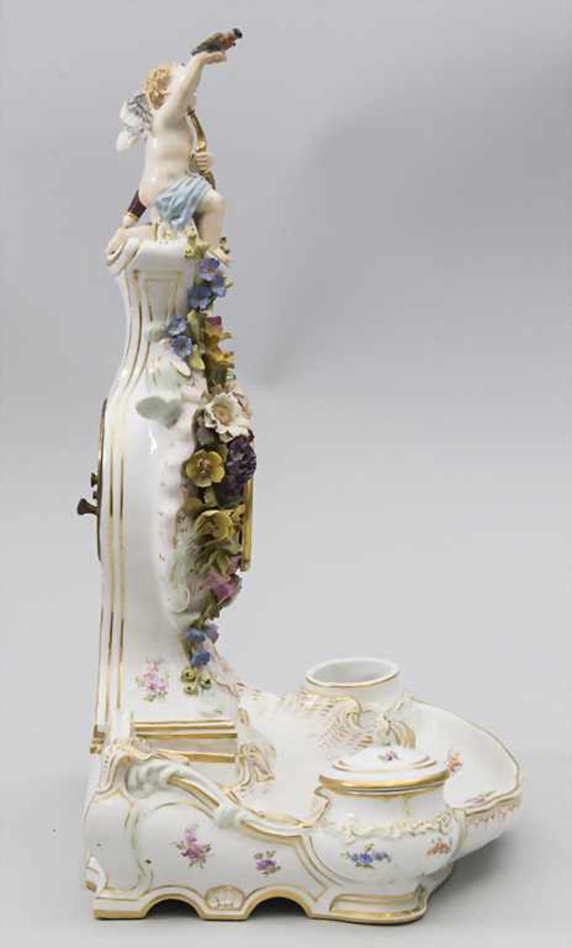 Seltene Tischuhr mit integriertem Schreibset / A rare porcelain table clock with integrated - Bild 14 aus 16
