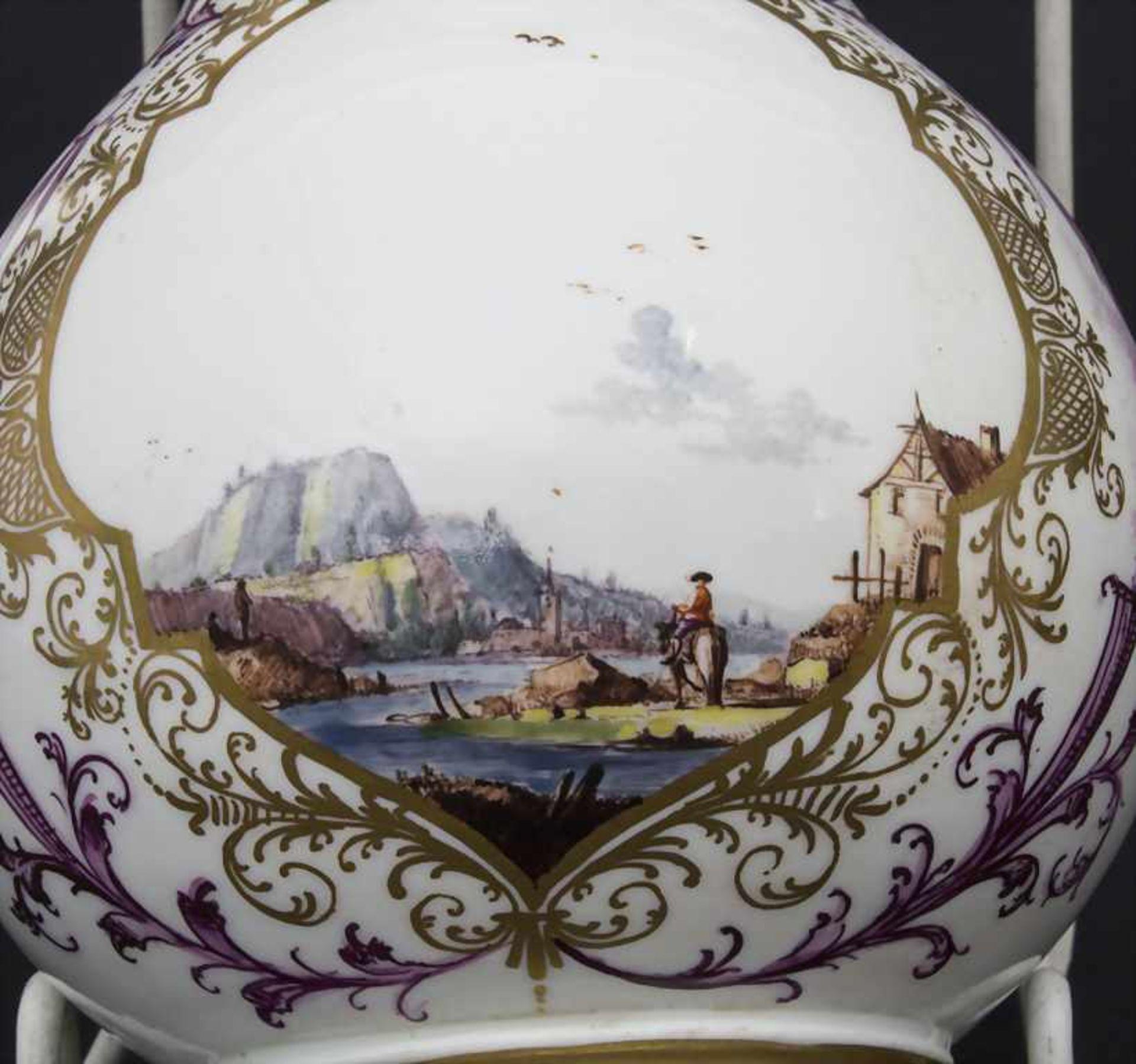 Kanne mit Kauffahrtei-Szenen / An early pot with harbour scenes, Meissen, Höroldt'sche Periode, um - Bild 5 aus 10