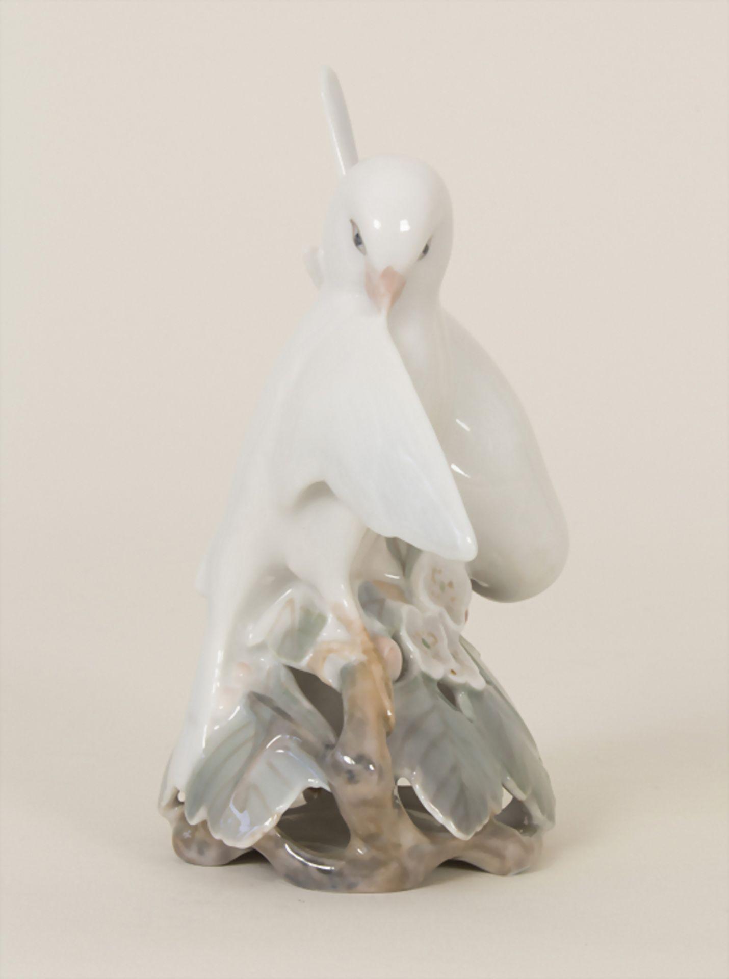 Turteltauben auf Kirschblütenzweig / A pair of doves, Royal Copenhagen, 1956 - Bild 4 aus 6