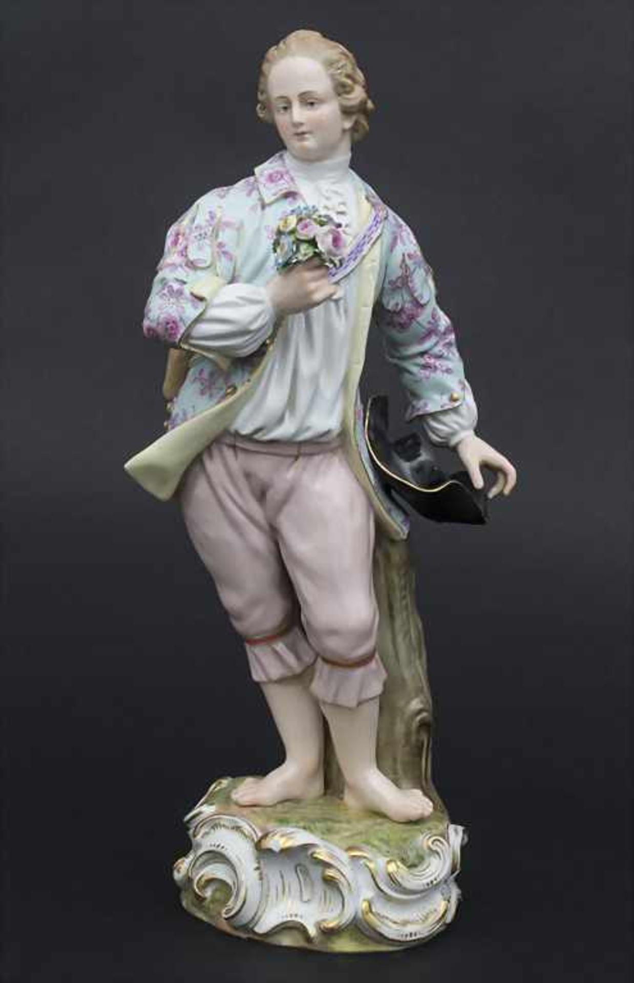 Große Figur eines jungen Mannes mit Blumenstrauß / A large figure of a young man with flower