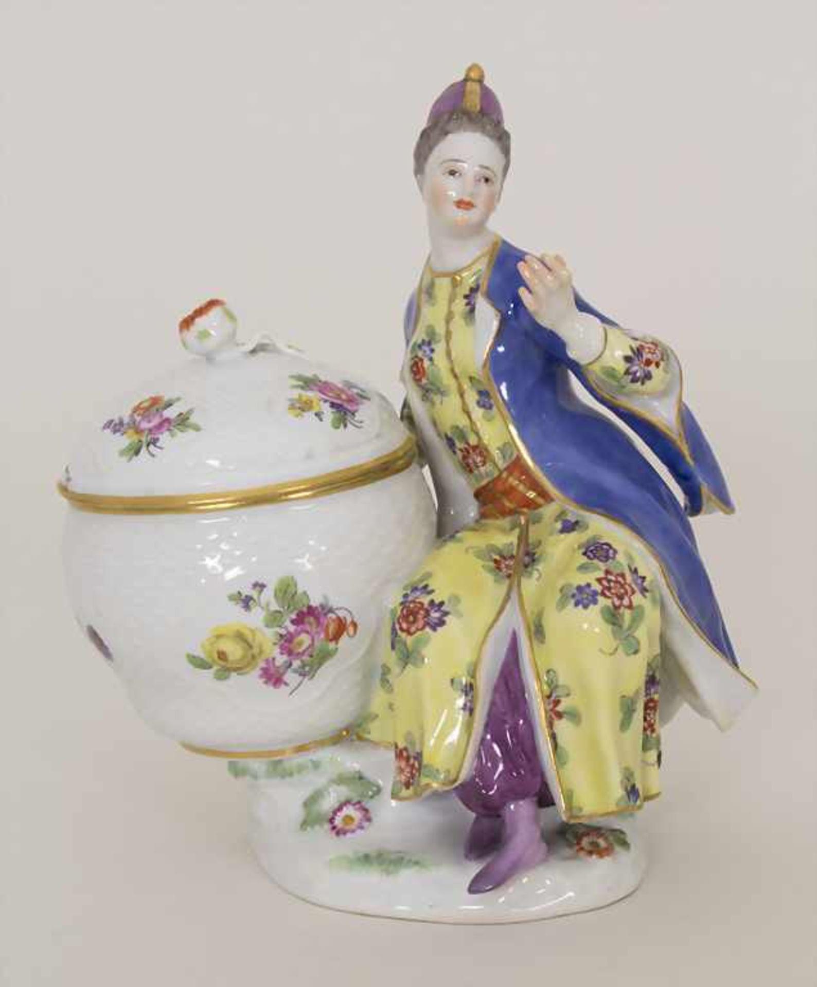 Gegenständige Figur einer Türkin mit Schale / A Turkish woman with a bowl, Meissen, Pfeiffer-Zeit,