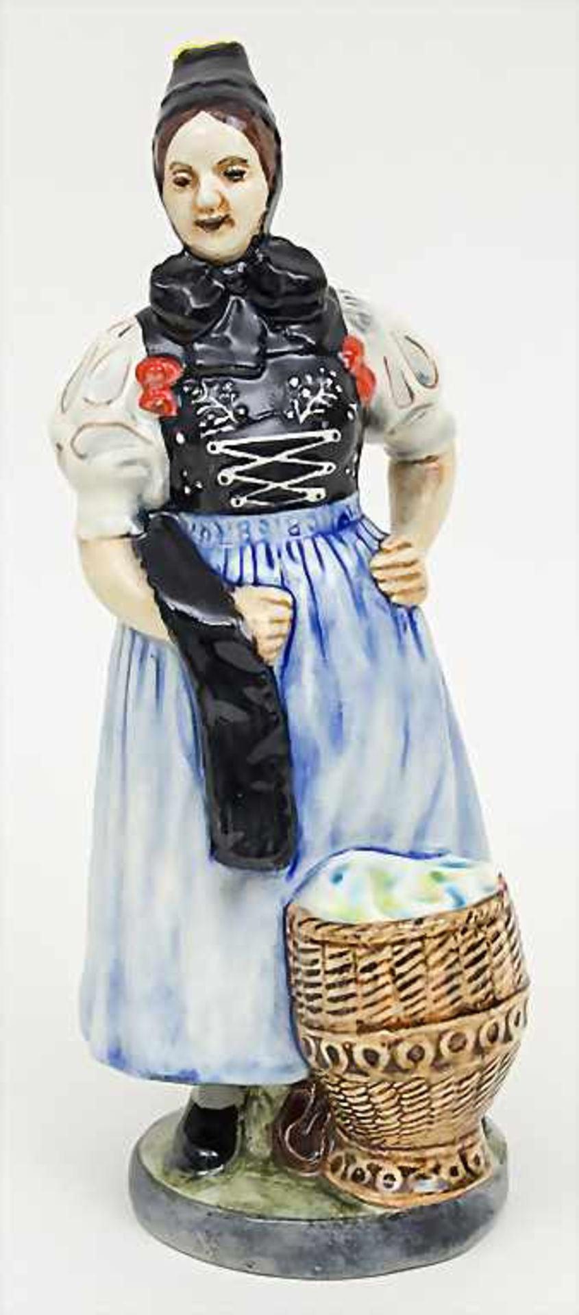 Trachtenfigur 'Tribergerin' / A costumed woman from the Black Forest, Karlsruher Majolika, um