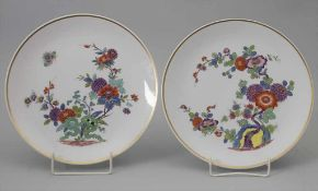 Paar Teller / A pair of plates with Imari pattern, Meissen, 20. Jh,