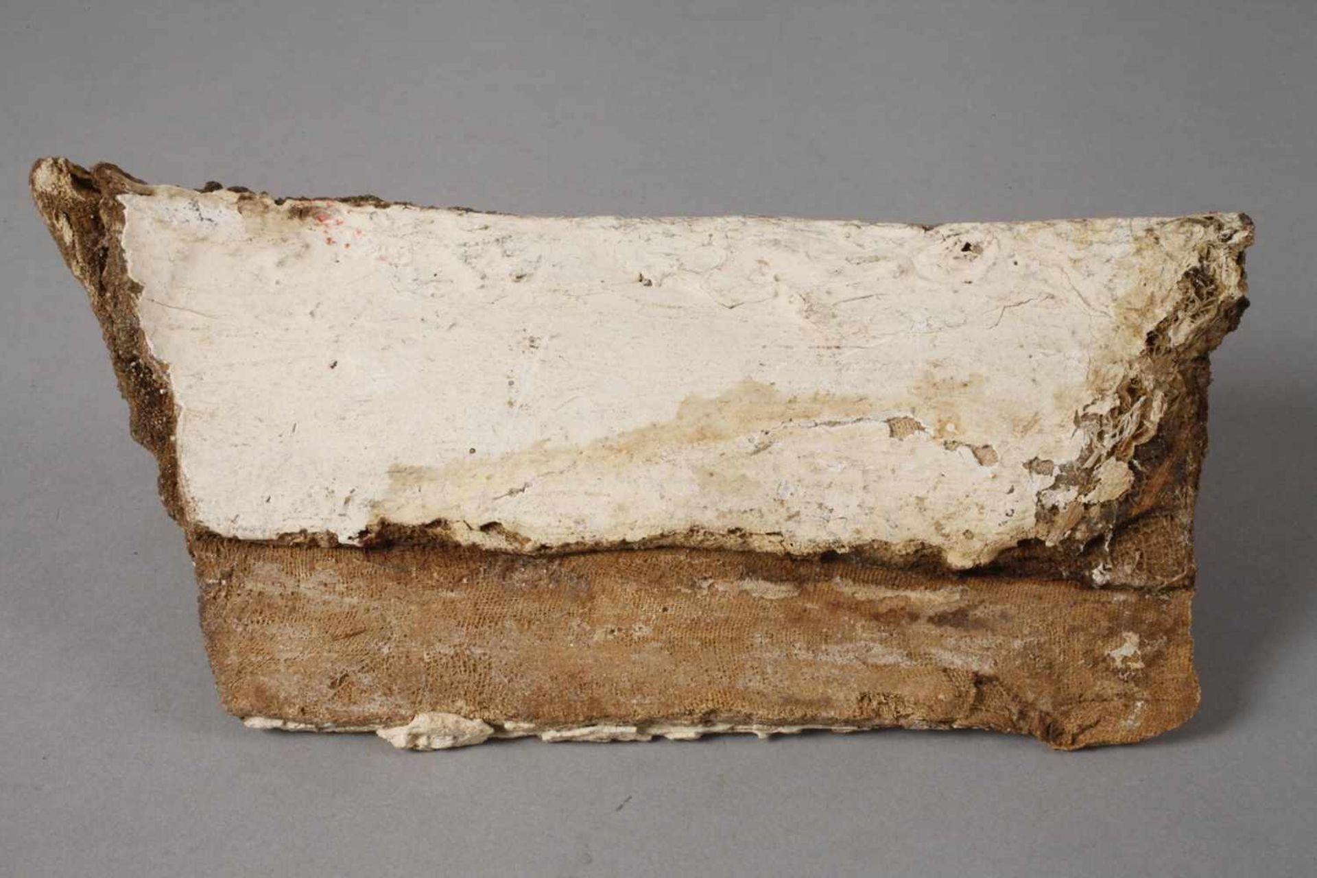 Fragment einer Mumienkartonage - Bild 3 aus 3