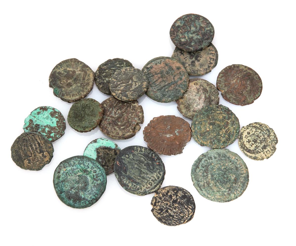 Lot 12 - TWENTY BRONZE COINS ROMAN EMPIRE