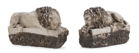 PAIR OF WHITE MARBLE SCULPTURES 20TH CENTURY