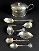A group of George III, comprising a teaspoon, Thomas Wallis II, London 1798, 13.5cm long, a tea