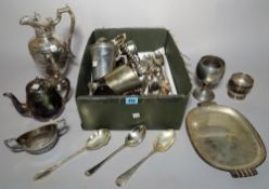 A quantity of silver plated items including quantity of flatware, a jug, candlesticks and tankards,