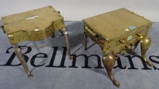 An early 19th century brass footman with dummy drawers, twin handles and cabriole supports,