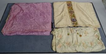 A quantity of vintage lace and fabric, (qty).