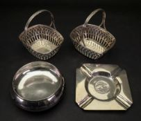 A pair of Sweetmeat baskets, detailed 800,