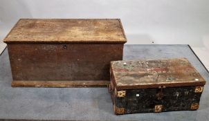 An early 20th century pine trunk, 94cm wide x 44cm high,