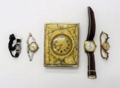 An Avia 9ct gold lady's bracelet wristwatch, having a sprung bar link bracelet,
