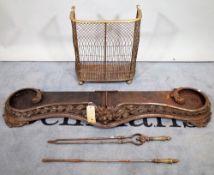 A Victorian style serpentine fire fender, 148cm wide,