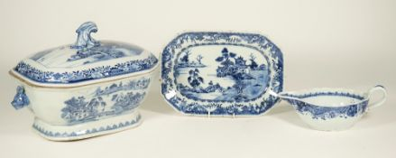 A Chinese export blue and white tureen and associated cover, Qianlong,