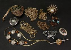 A small collection of costume jewellery,