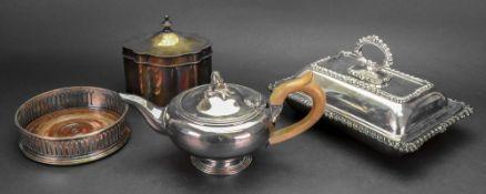 A George III style electroplate tea cadd
