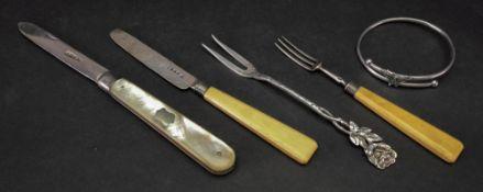 A silver folding pocket knife, William N
