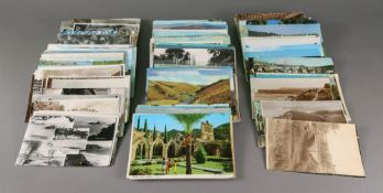 A collection of real photographic and printed postcards, mostly British views (qty).
