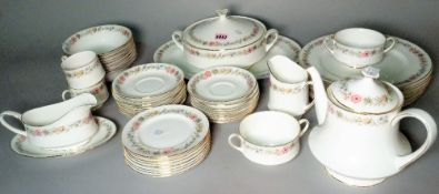 An extensive Paragon 'Belinda' pattern part dinner and tea service, (qty).