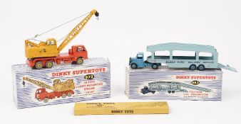 A Dinky 972 20 ton Lorry mounted crane and a 982 Pullmore car transporter with loading ramp, (2).