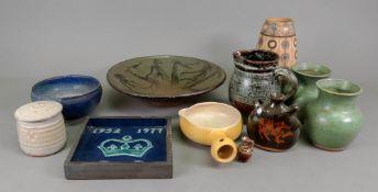 A Studio Pottery bowl, 16cm diameter and