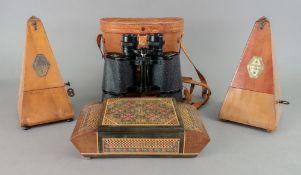 A pair of Pathescope 10x50 field binocul