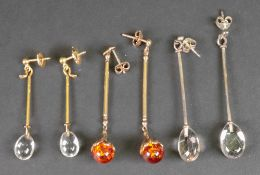 A pair of 9ct gold and amber pendant ear