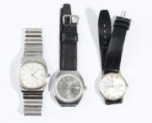 A Longines gentleman's steel bracelet wristwatch, the signed silvered dial with baton numerals,