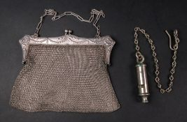 A silver plated lady's mesh evening purs
