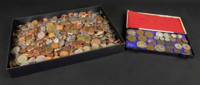 A large collection of world coins (qty).